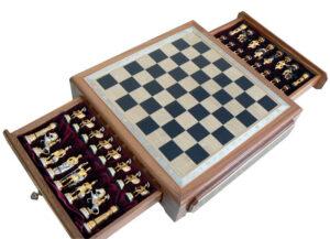 Комплекты шахмат