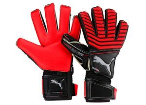 Перчатки вратарские футбол